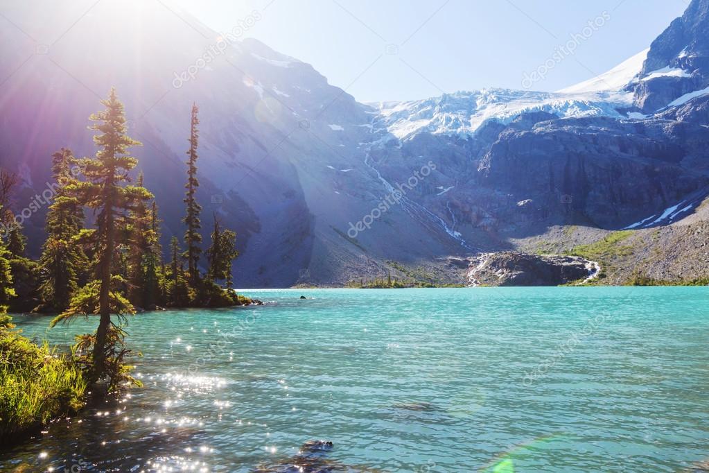 Joffre lake in Canada