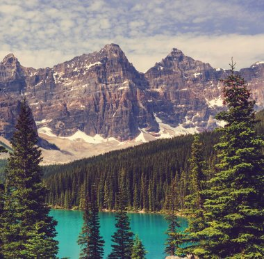 Beautiful Moraine lake