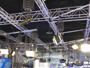 structures of tv studio illumination equipment and projectors