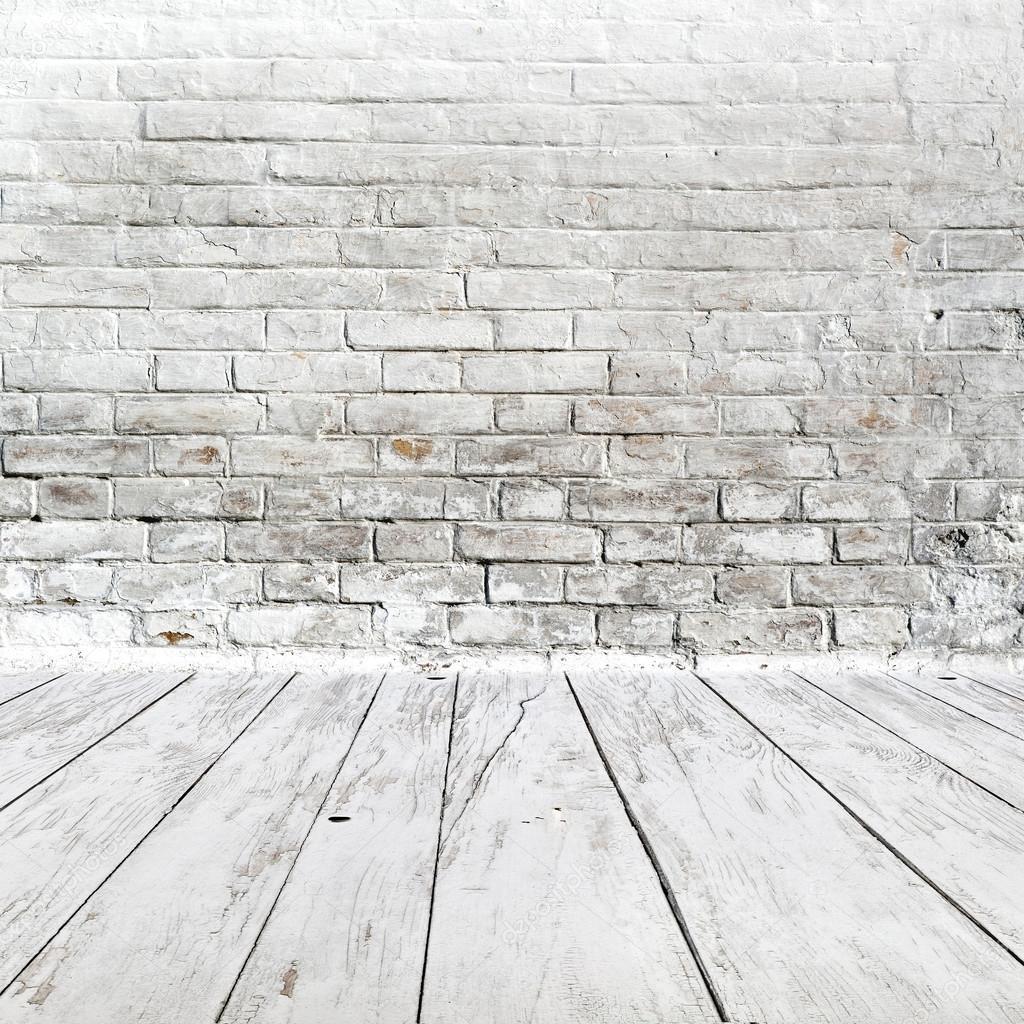 흰색 벽돌 벽과 나무 바닥으로 객실 내부 — 스톡 사진 ...