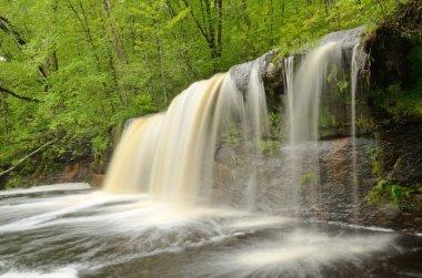 "Картина, постер, плакат, фотообои ""водопад в лесу печать архитектура"", артикул 109156758"