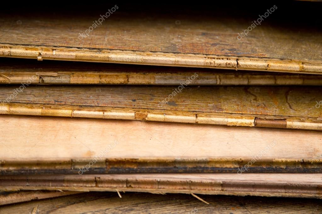 Fußbodenplatten Aus Holz ~ Alte holz bodenplatten u2014 stockfoto © michaelpuche #56278947