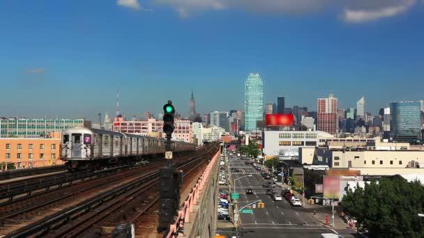 New York Panorama a metra vlak