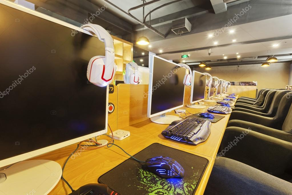 Modern internet cafe interior stock photo zhudifeng for Internet cafe interior designs