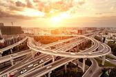 Panorama a dopravních tras na dálniční křižovatka