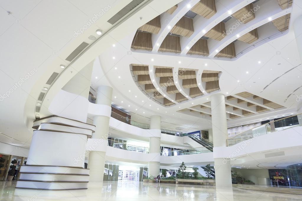 Winkelcentrum entree hal interieur en decoratie u2014 stockfoto