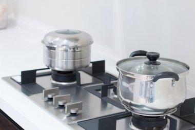 pots on stove