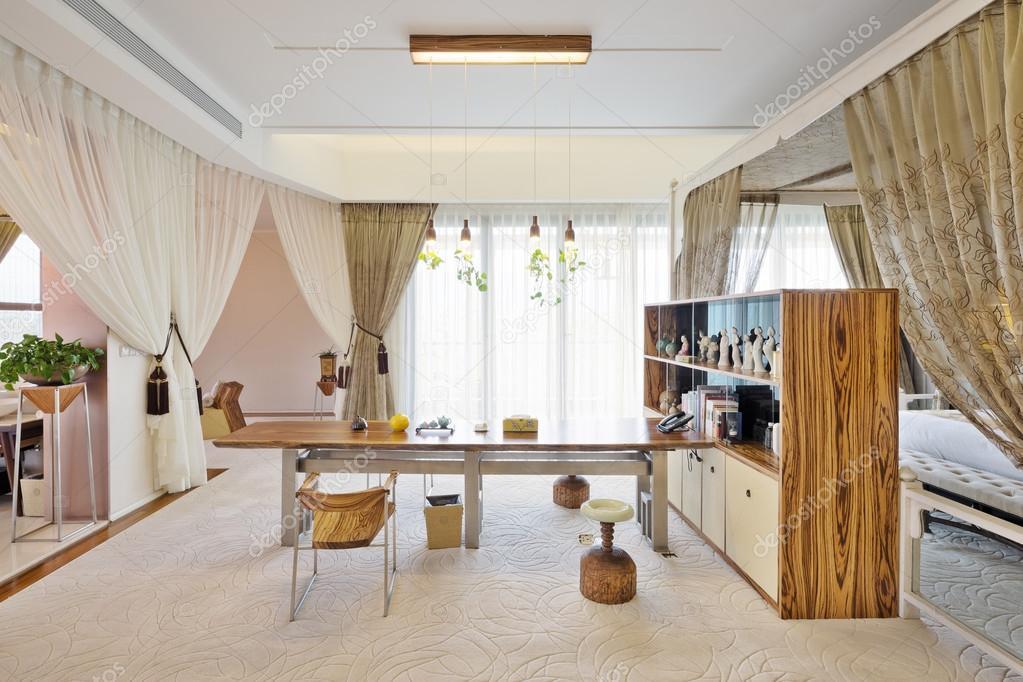 Design Woonkamer Decoratie : Meubelen en decoratie in de woonkamer u stockfoto zhudifeng
