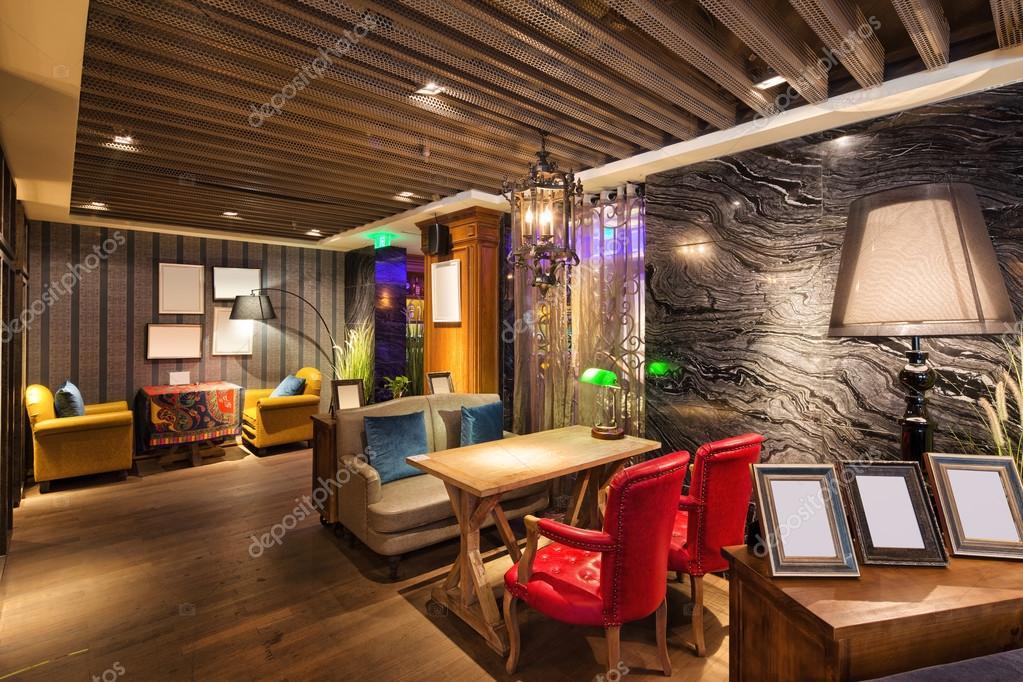 Intérieur du café moderne — Photographie zhudifeng © #95082446