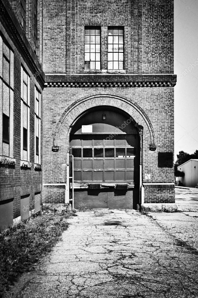 Garage Door Stock Photo J0ycem 53754009