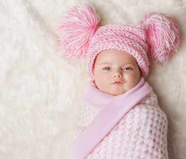 Baby Girl Wrapped Up, Newborn Blanket, New Born Kid Bundled Hat