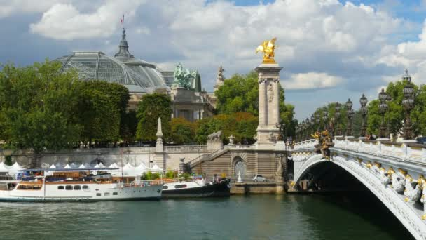 Grand palace with Seine river
