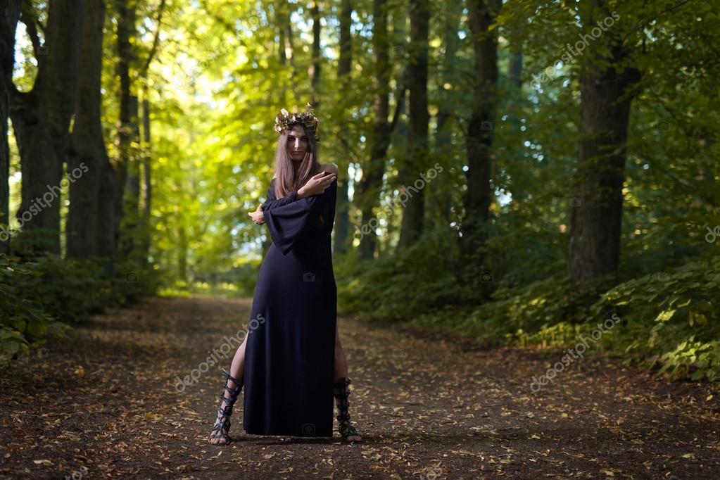 Фотообои witch in dark forest