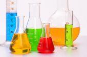 laboratoř chemie s skla