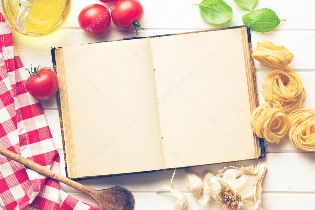 Livre de recette vierge et ingr dients frais - Livre de cuisine vierge ...