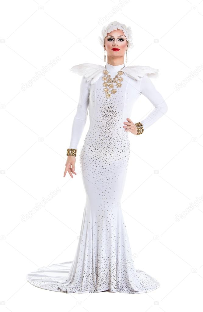 Drag Queen in White Dress Performing — Stock Photo