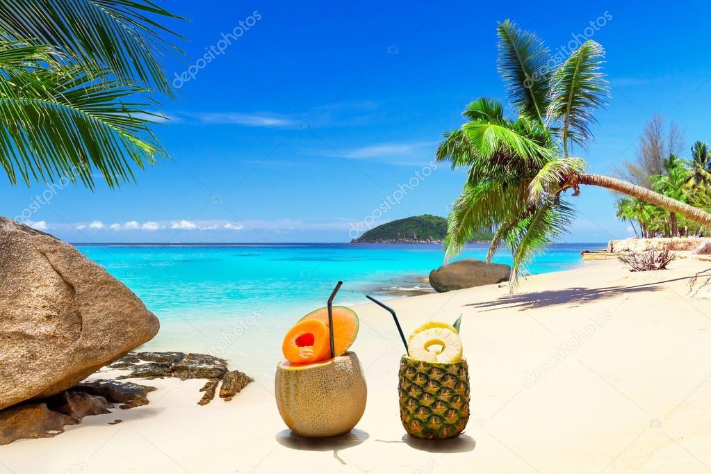 Drinks on the tropical beach