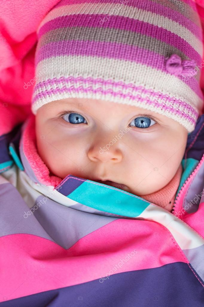 62fac5c3c Portrait of baby girl in winter hat — Stock Photo © Patryk Kosmider ...