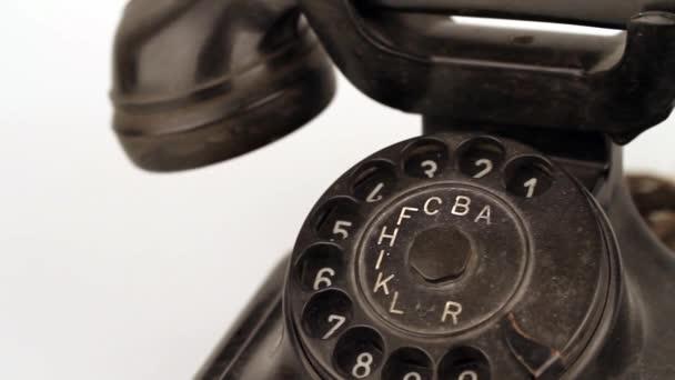 staré retro telefon