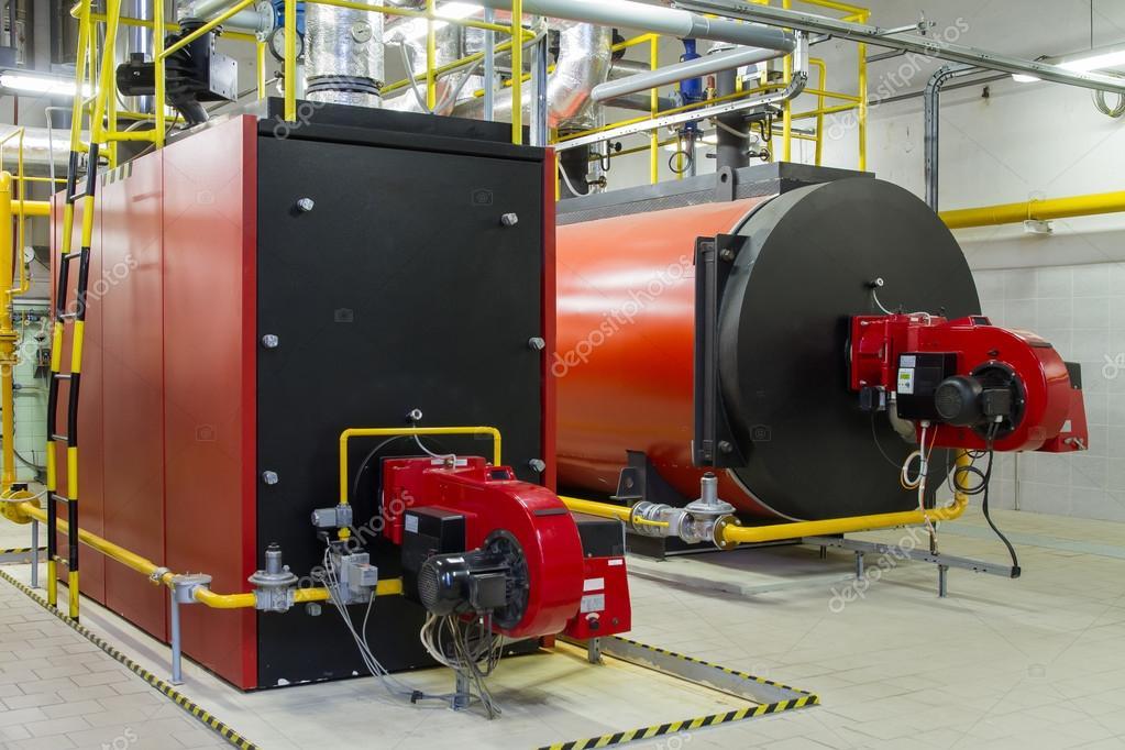Gas-Heizkessel in Gas-Heizungsraum — Stockfoto © xtrekx #63469287