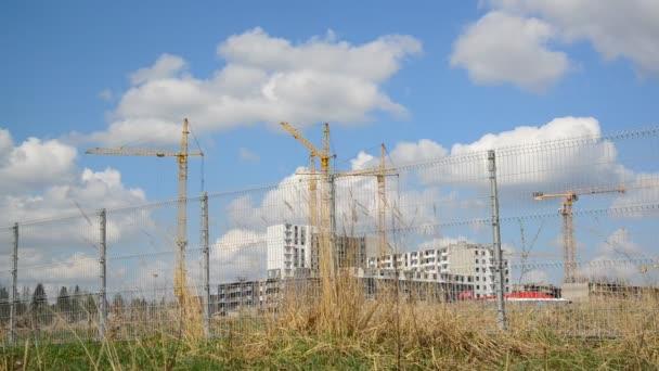 Construction multistorey apartment houses