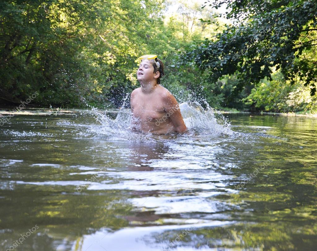 Секс в реке русский, Порно На природе -видео. Смотреть порно онлайн! 21 фотография