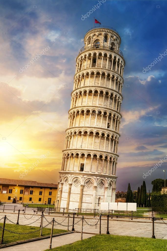 foto de Torre inclinada de Pisa Italia Foto de stock
