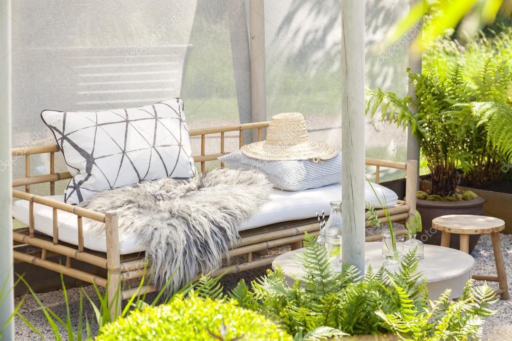Cozy garden seating Stock Photo feferoni 115766382