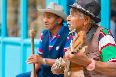 Eski Havana'da geleneksel müzik müzisyen
