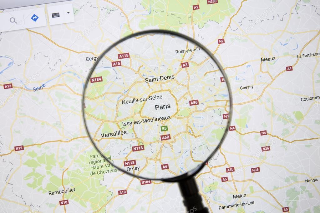 Paris auf GoogleMaps — Redaktionelles Stockfoto © ibphoto ...