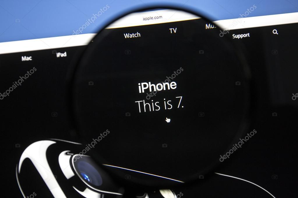 Apple Wallpaper Iphone 7 Apple Com Website With Iphone 7 Stock Editorial Photo C Ibphoto 122734608