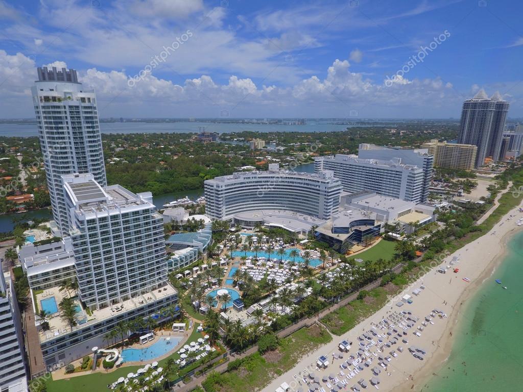 Fontainebleau Hotel Miami Beach Stock Editorial Photo C Felixtm