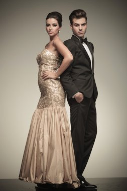 Full body picture of a elegant couple