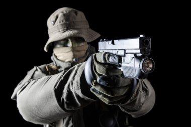 """Картина, постер, плакат, фотообои """"солдат jagdkommando с пистолетом"""", артикул 63433123"""