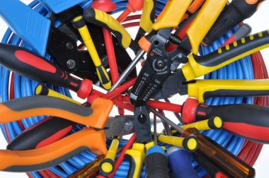 Set of tools used in electrical installations