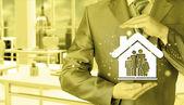 podnikatel chrání rodinu