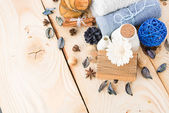 skořice, ručníky, květ