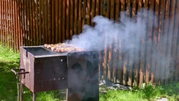 Kouření vlastní Barbecue gril