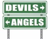 Fotografia segnale stradale Angelo e diavolo