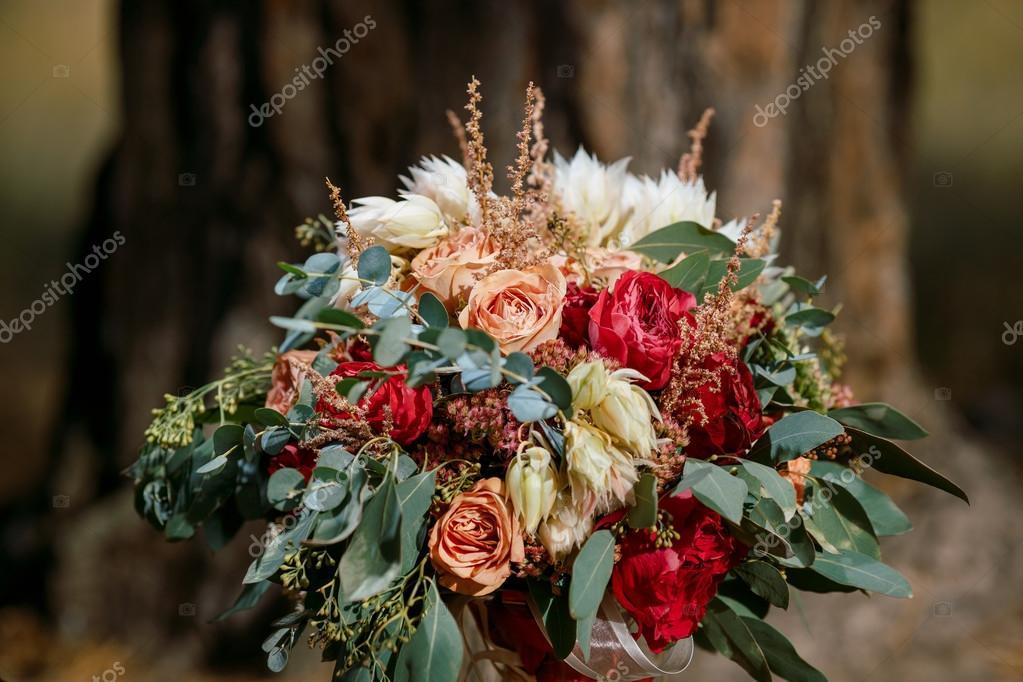Schone Bunte Hochzeitsstrauss Stockfoto C Dimabl 108589122