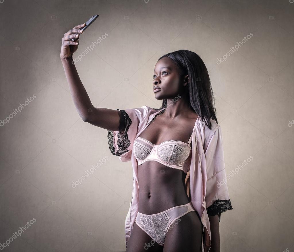 Sexy schwarze Frauen in Dessous