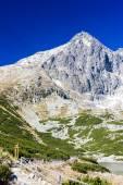 Lomnického peak a skalnaté tarn, vysoke tatry (Vysoké Tatry), slo