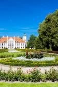 Photo Kozlowski Palace with garden, Lublin Voivodeship, Poland