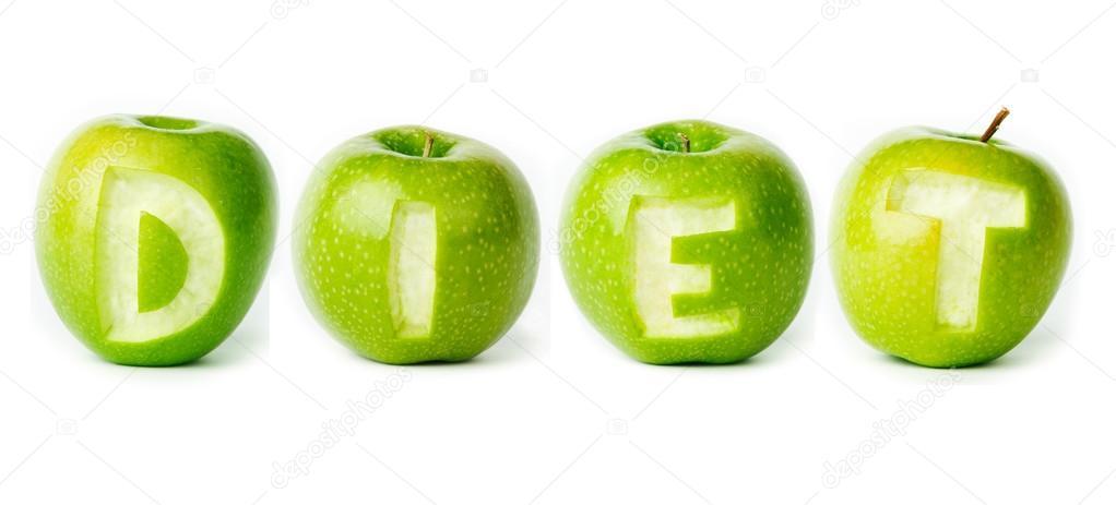 Изолированные зеленые яблоки на белом фоне. Фрукты свежие диета с.