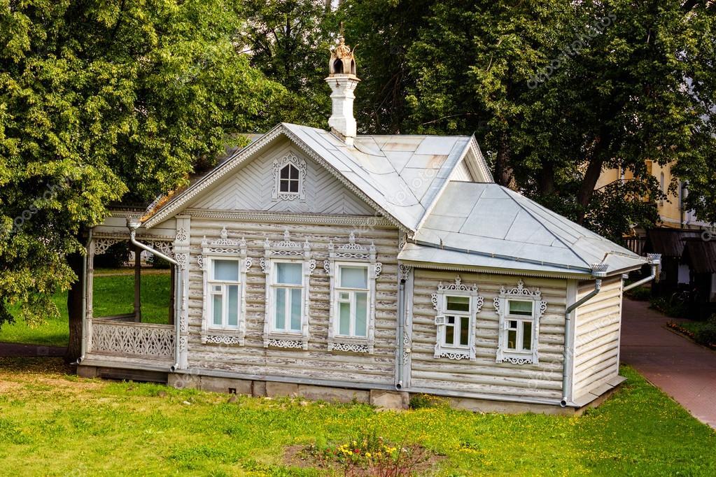 Casa Estiva Del Cremlino Di Vologda Foto Stock Alxyago 105359900