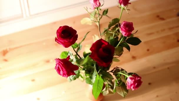 Rose bouquet dolly shot