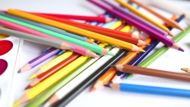 közeli színes ceruzával, akvarell