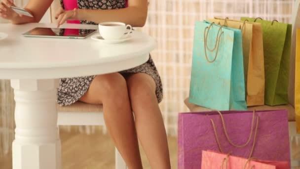 dívka hospodářství kreditní karta