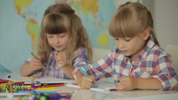 két kislány rajz