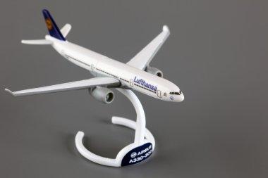 Lufthansa Airbus A330-300 toy